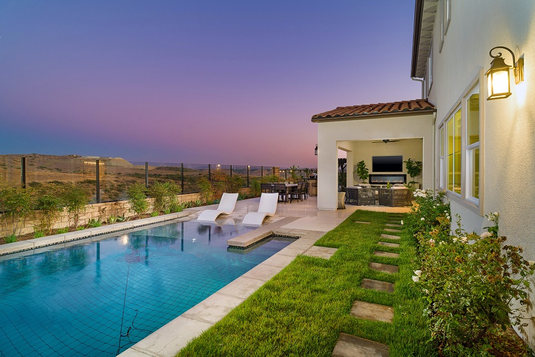 Bella Sitia Residence 3 Backyard Pool Twilight