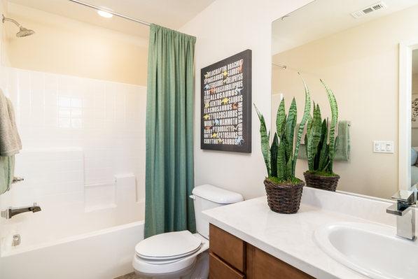 Suwerte Residence 5 Bathroom