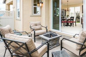 Monte Villa Residence 3 Side Yard