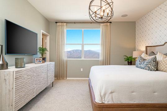 Suwerte Residence 5 Master Bedroom Opposite View