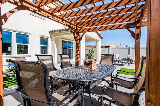 Cantamar Residence 1 Backyard Table