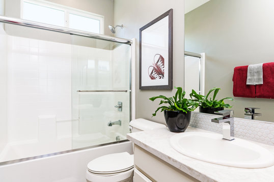 Alay Residence 2 Second Bathroom
