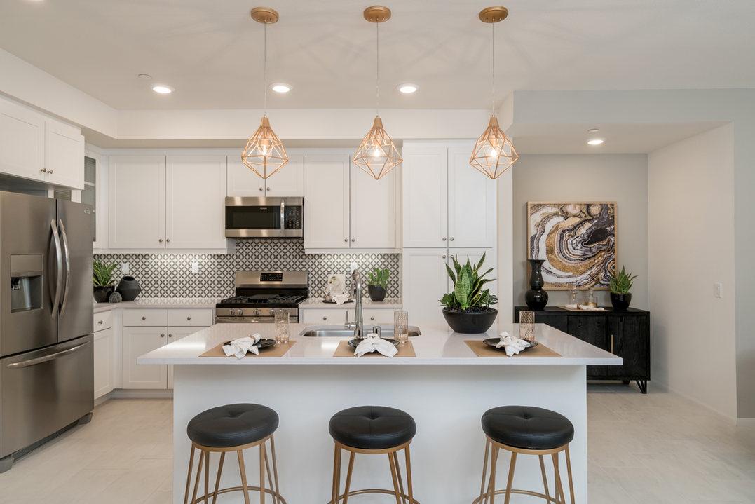 Suwerte Residence 6 Kitchen