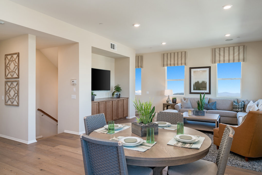 Suwerte Residence 5 Dining Table