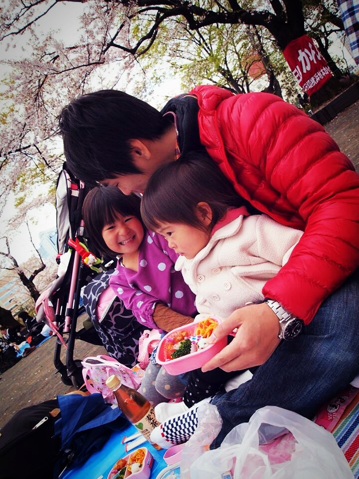 2014年 花見(パパとお子さん)