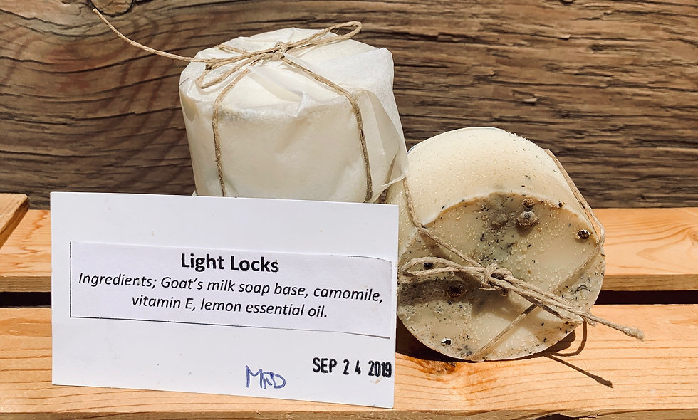 Light Locks Shampoo Bar