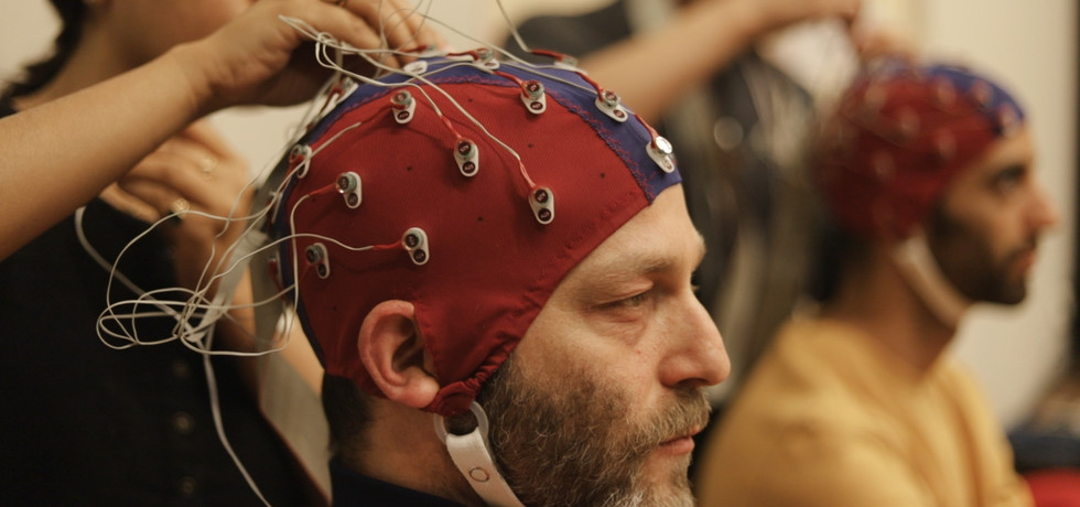"""IN A LIVING LABORATORY, NEUROSCIENCE MEETS ART """"A mini-documentary by the Ukrant"""""""