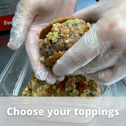 Choose your toppings.