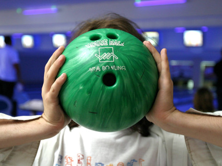 Top 3 Awesome Websites To Buy Bowling Supplies (Shoes, Shirts, Balls, Bags, etc.)