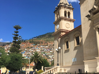 Getting Off Peru's Gringo Trail for Semana Santa!