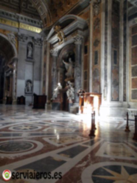 Esculturas en Basílica San Pedro