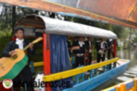 Mariachis en Xochimilco