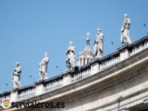 Estatuas de Santos