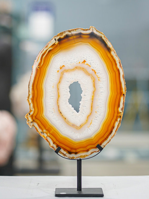 AGATE THIN SLAB ON METAL STAND