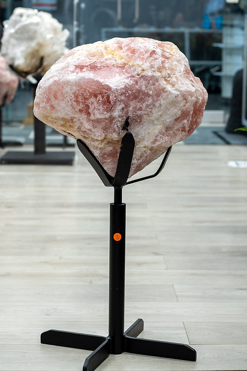 ROSE QUARTZ ON METAL STAND