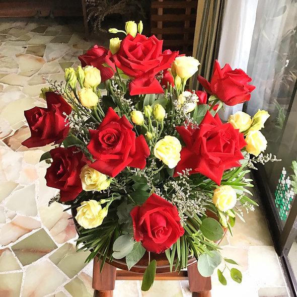 Roses & Eustoma
