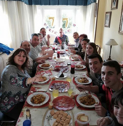 ZOES-FAMILY-IN-SPAIN
