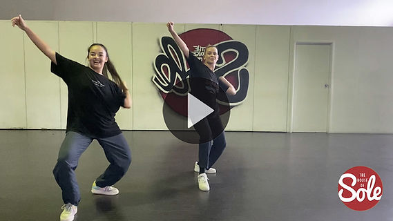Chloe Goudens Urban Choreography_1.jpg