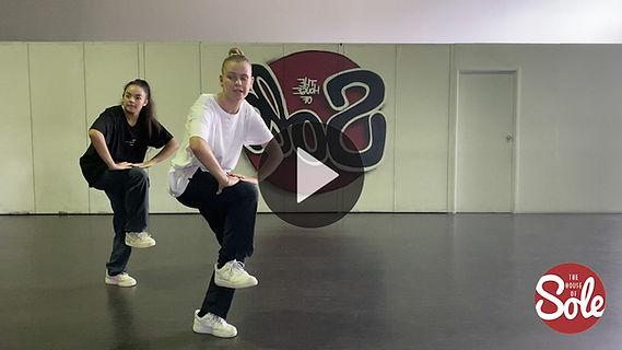 Chloe Goudens & Eliza Gorman - Collab Ur