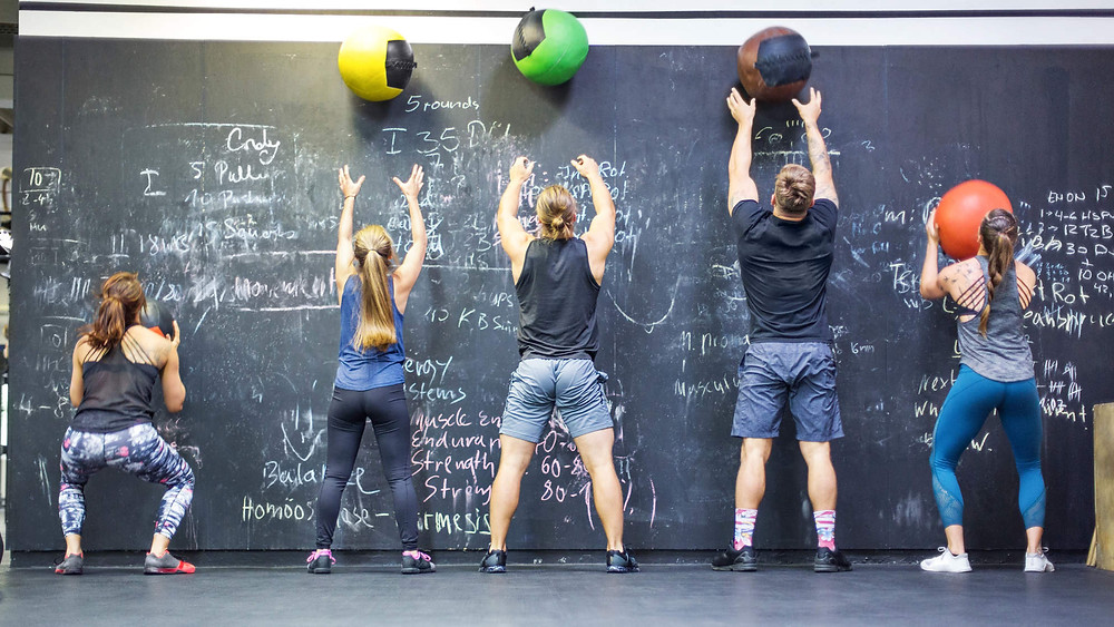 Wall Balls, CrossFit, Fitness, Gym, Fitness Center