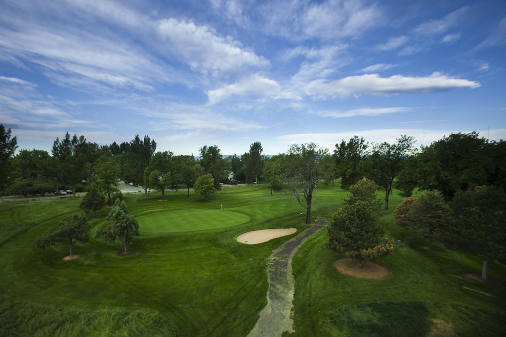 Overland Park Golf Course is steeped in Denver history.  Conveniently located minutes from downtown, you can enjoy views of both the city and the mountains. Narrow fairways and small greens that are well-bunkered offer a challenge to golfers of any skill level.