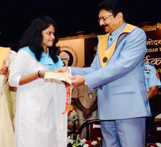 Mahendra Nanavati Gold Medal