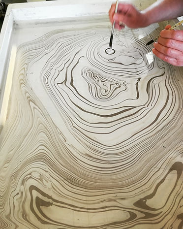 making suminagashi in a workshop