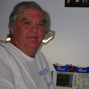 TERRY SWEAT >> Electronics Guru