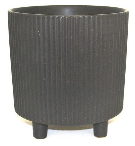 Pot with Ridges on feet Black