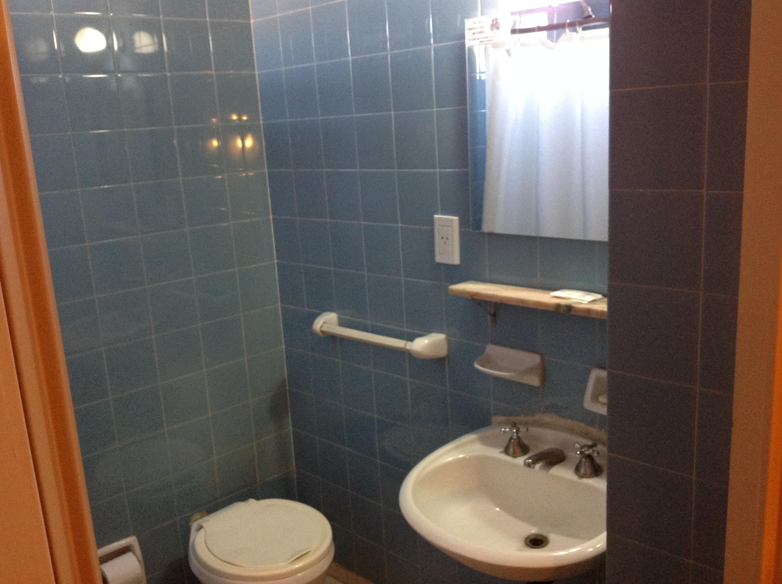 Baños Hab. Triple y Departamentos