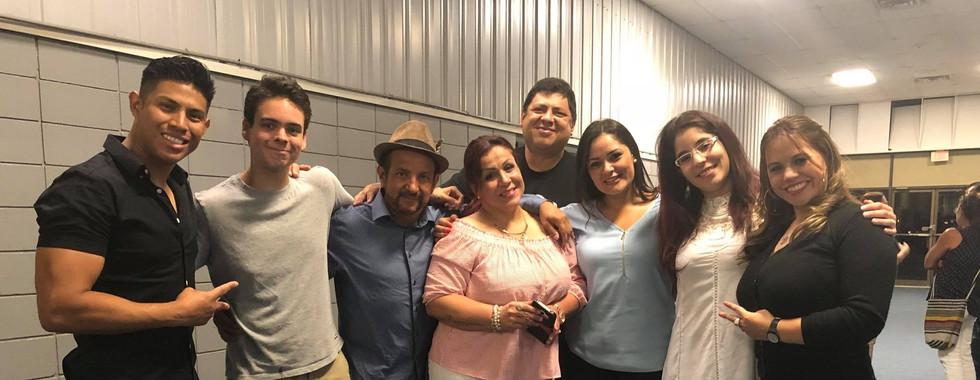 El Otro Yo de Ella y Yo - CreArte Latino