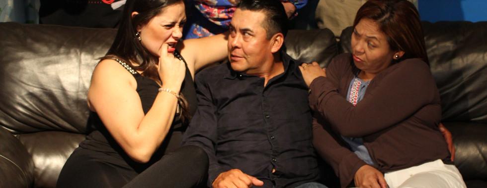Mi Mujer es el Plomero - CreArte Latino