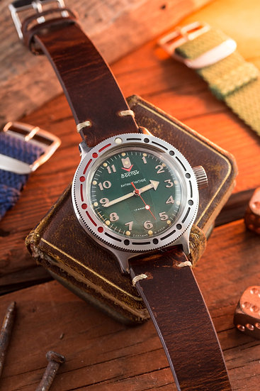 NOS - Vintage military Wostok Amphibia mens watch with green dial