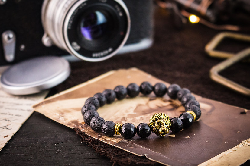 Black lava stone & faceted onyx beaded stretchy bracelet with gold lion