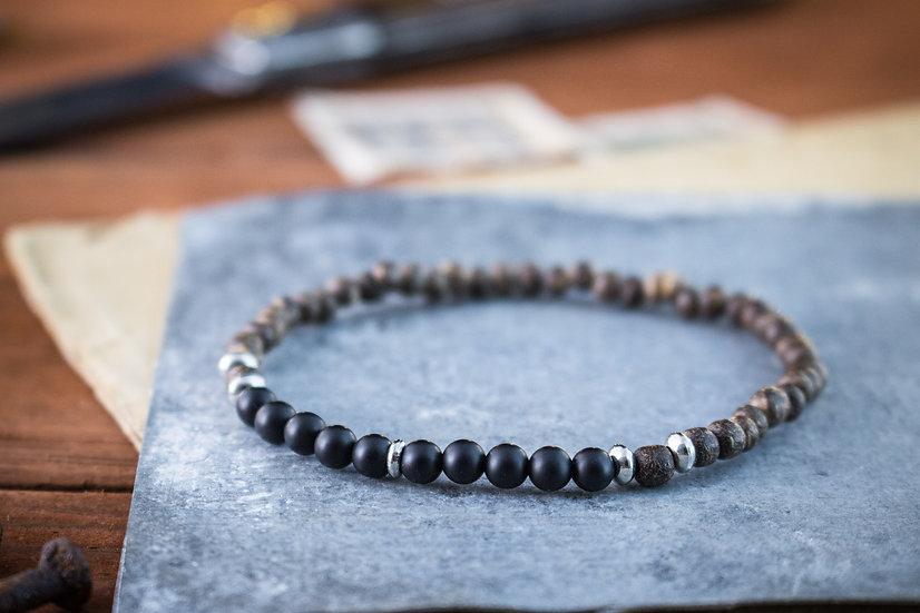 Matte black onyx & coconut beaded stretchy bracelet