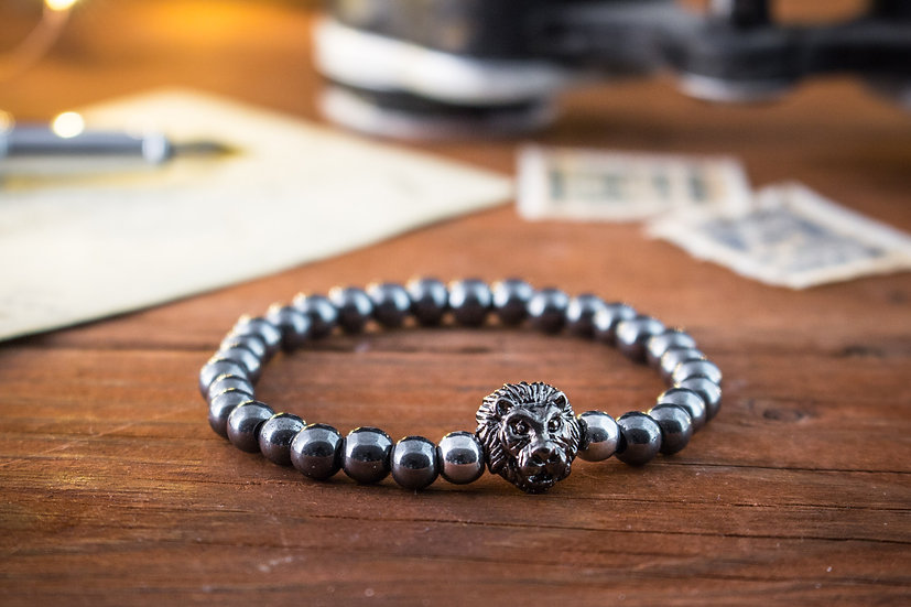 Silver & grey hematite beaded stretchy bracelet with gunmetal Lion
