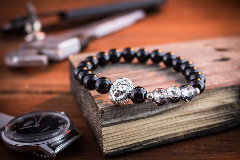 Black onyx & crackle half black beaded stretchy bracelet with silver lion