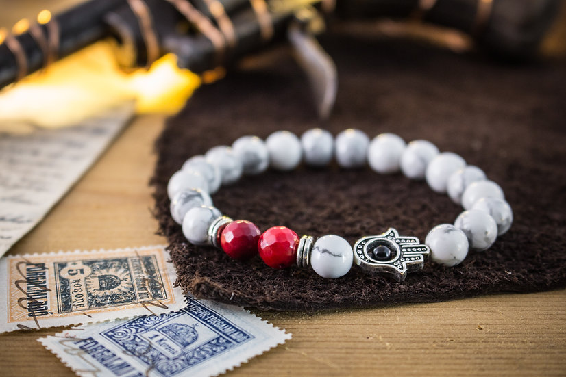 White howlite & red coral beaded stretchy bracelet with Hamsa hand