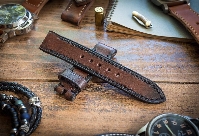 Antiqued handmade 20mm dark brown leather strap 125/70mm