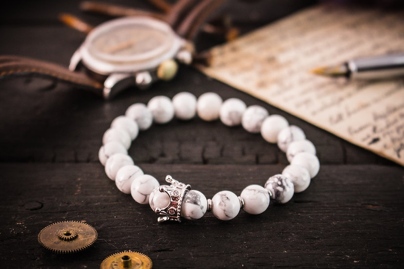 The White King II - White howlite beaded stretchy bracelet with silver crown