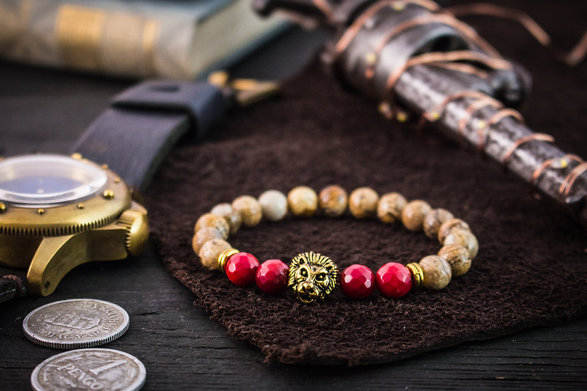 Jasper & faceted red coral beaded stretchy bracelet with gold lion