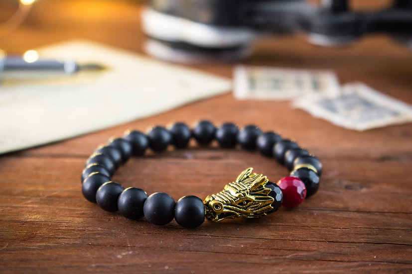 Matte black onyx & coral beaded stretchy bracelet with gold Dragon