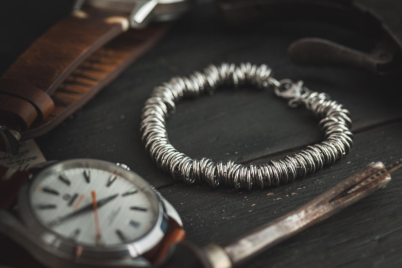 Stainless steel chain men's bracelet with jump rings