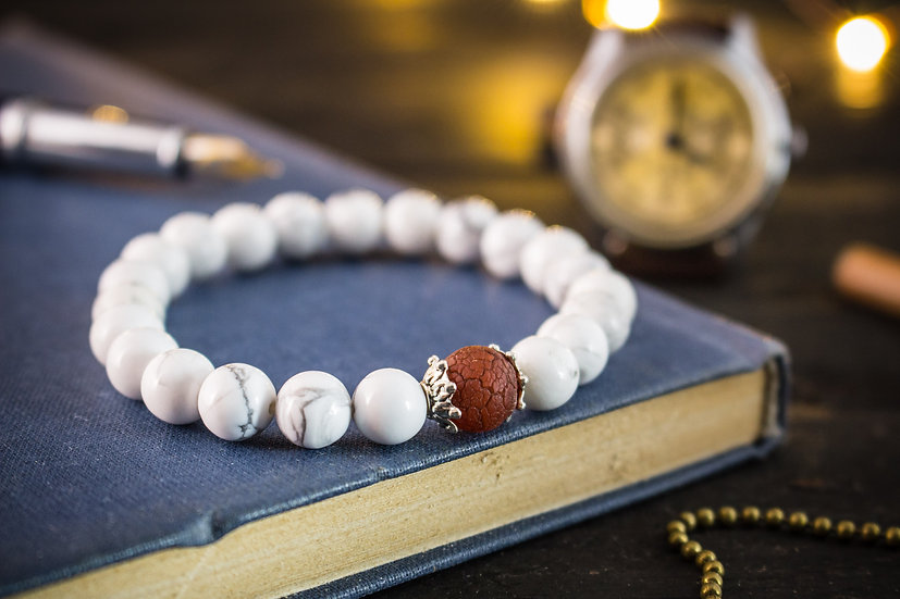 White howlite beaded stretchy bracelet with a red crackle dream agate