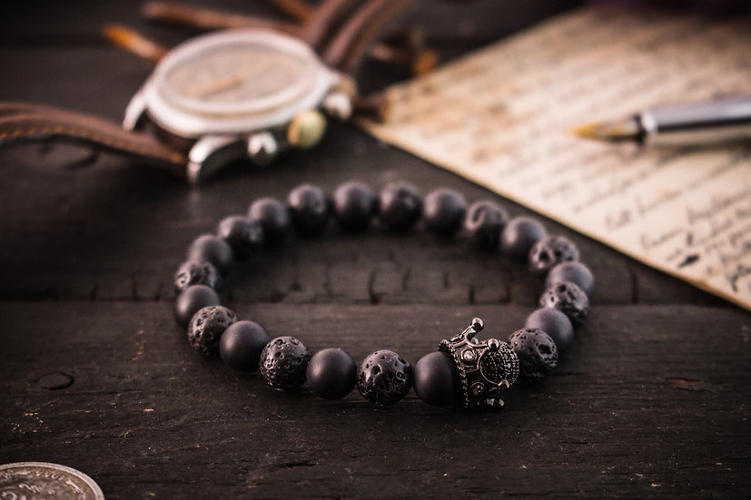 The Black King II - Matte black onyx & lava stone beaded stretchy bracelet