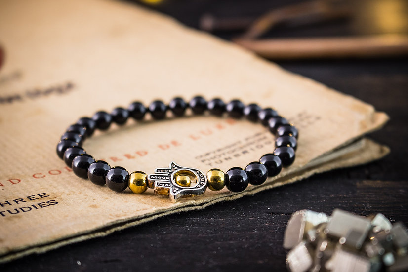 Black onyx beaded stretchy bracelet with Hamsa hand
