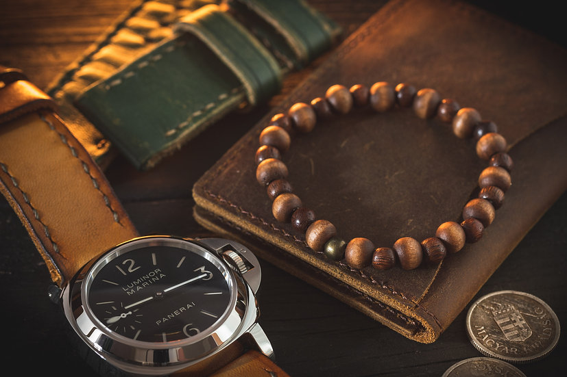 Wood beaded stretchy men's bracelet