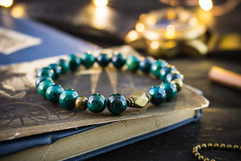 Greenish chrysocolla beaded stretchy bracelet with bronze beads