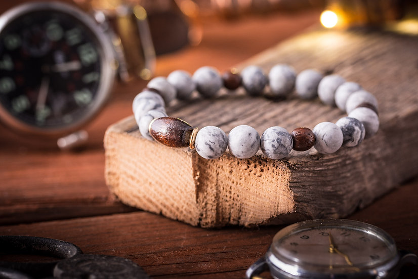 Light gray picasso stone beaded stretchy bracelet with wooden beads