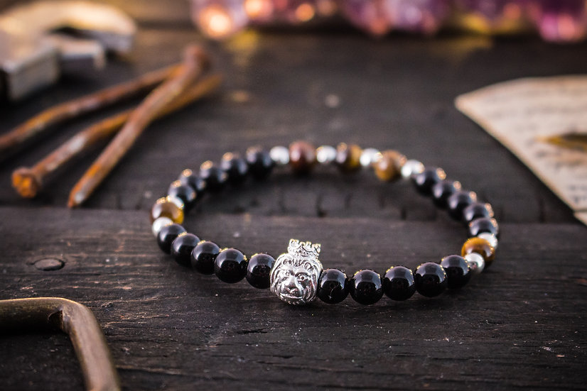 Black onyx & jasper beaded stretchy bracelet with sterling silver Lion and beads